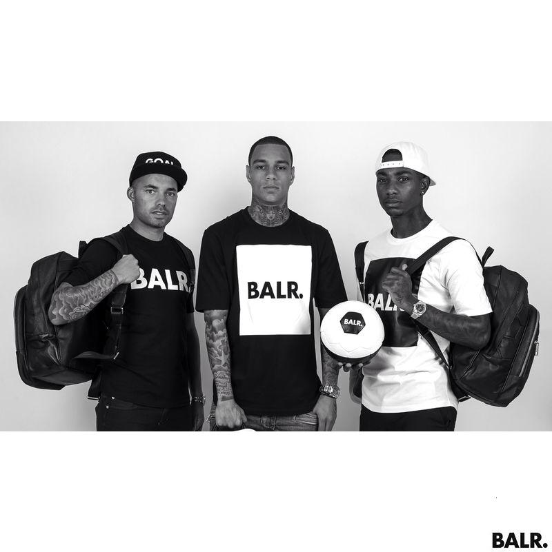 La crew di BALR