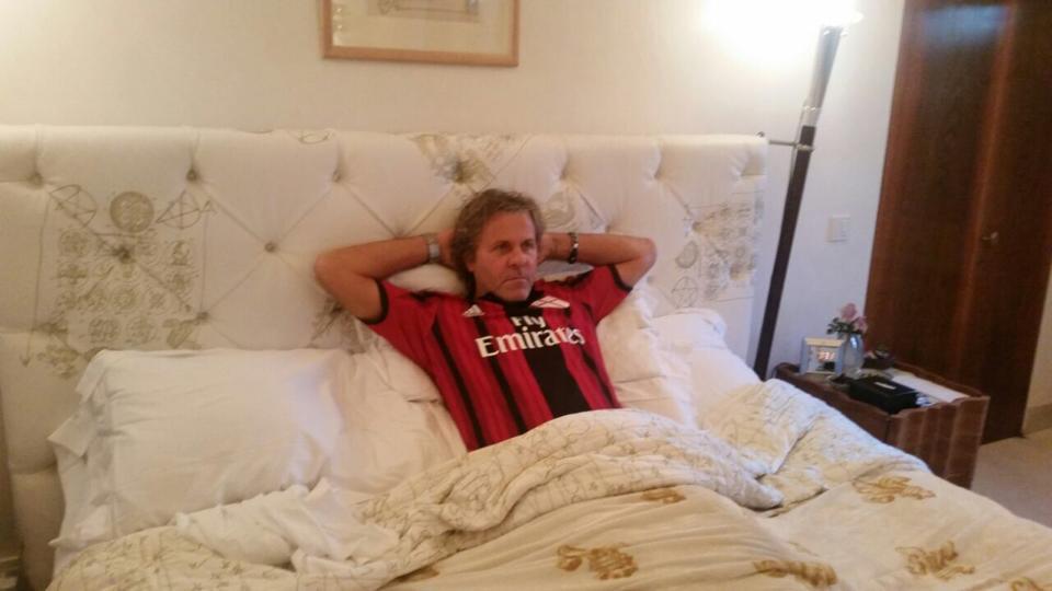 Renzo Rosso con la maglia del Milan
