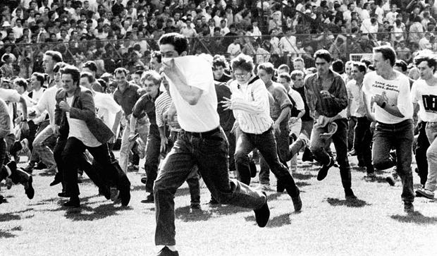 Tifosi del Chelsea che corrono, 1983.