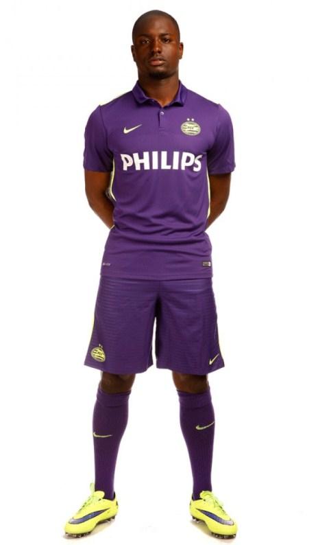Last-PSV-Nike-Shirt-2015