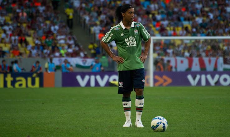 Ronaldinho-Nike-Tiempo-Legend-Debut (2)