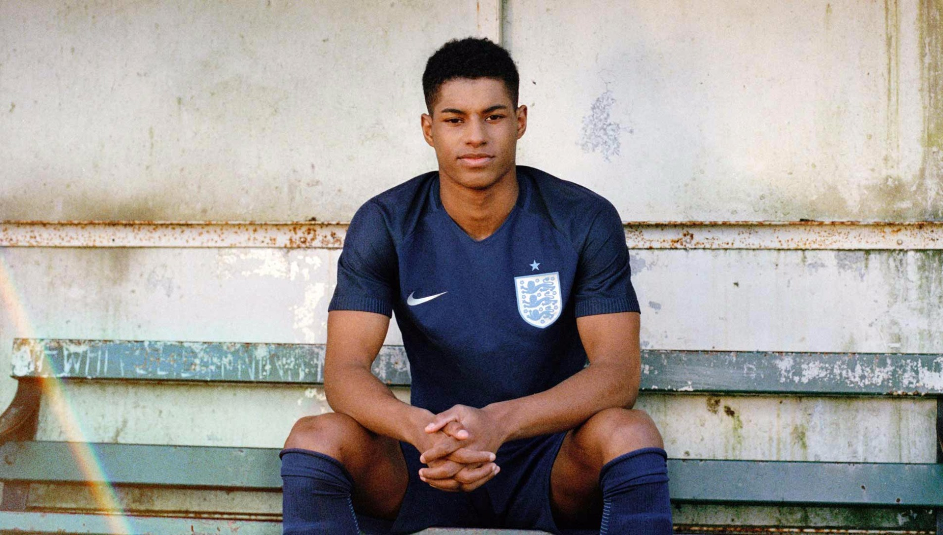 rashford-eng-away-kit-2017-1
