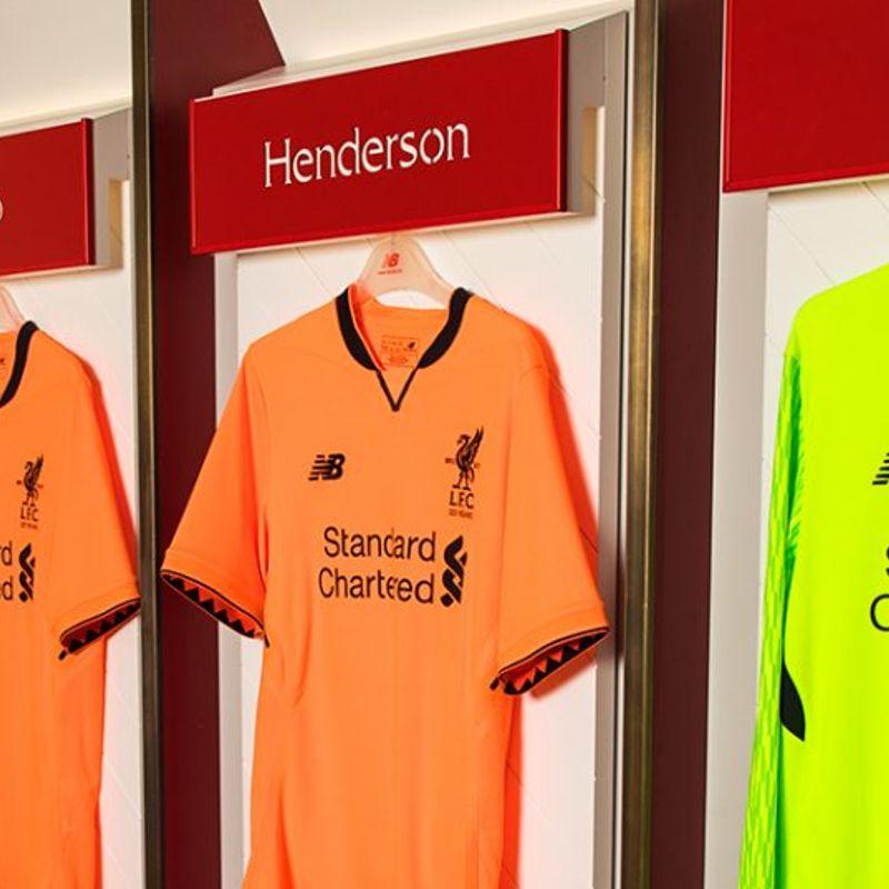Il terzo kit New Balance 17/18 del Liverpool