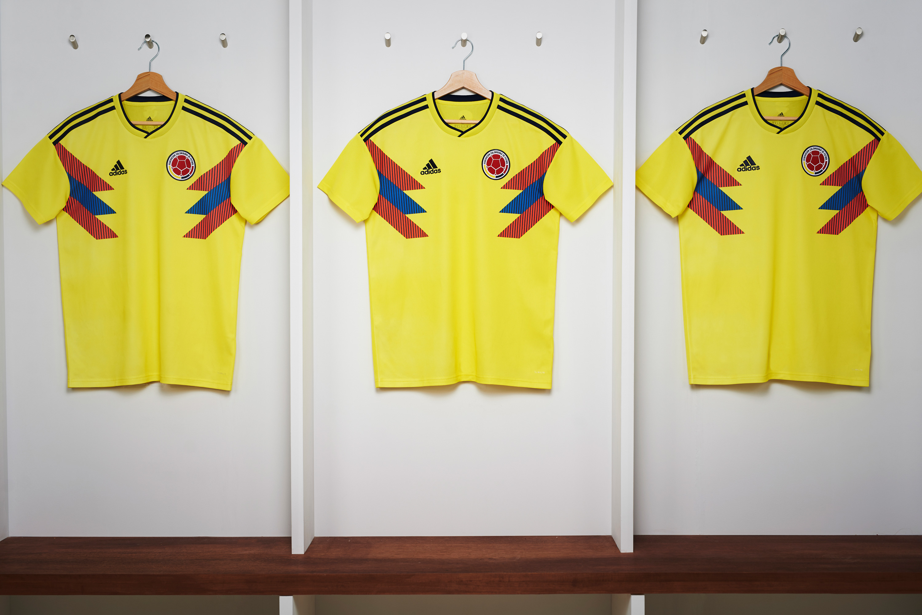 4x3_COLOMBIA_Shirt