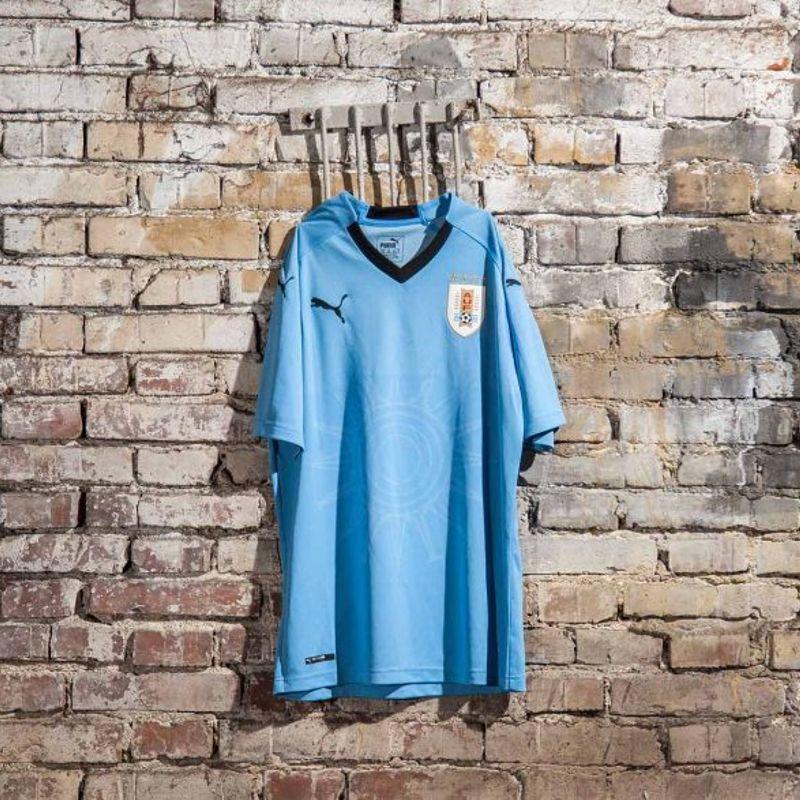 PUMA presenta la maglia 2018 dell'Uruguay