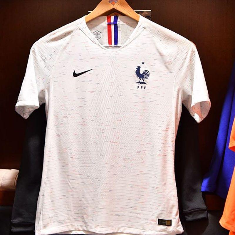 La maglia away Nike 2018 della Francia