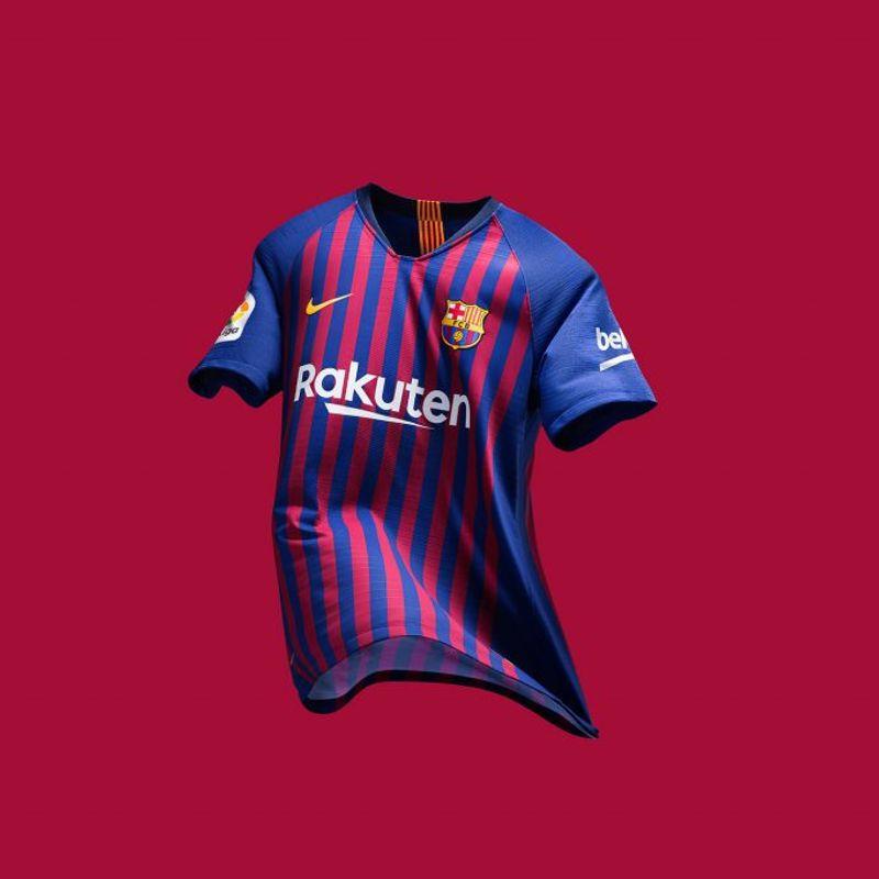 Il kit Nike 2018/19 del Barcellona
