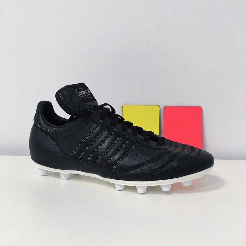 Le scarpe degli arbitri ai Mondiali 2018