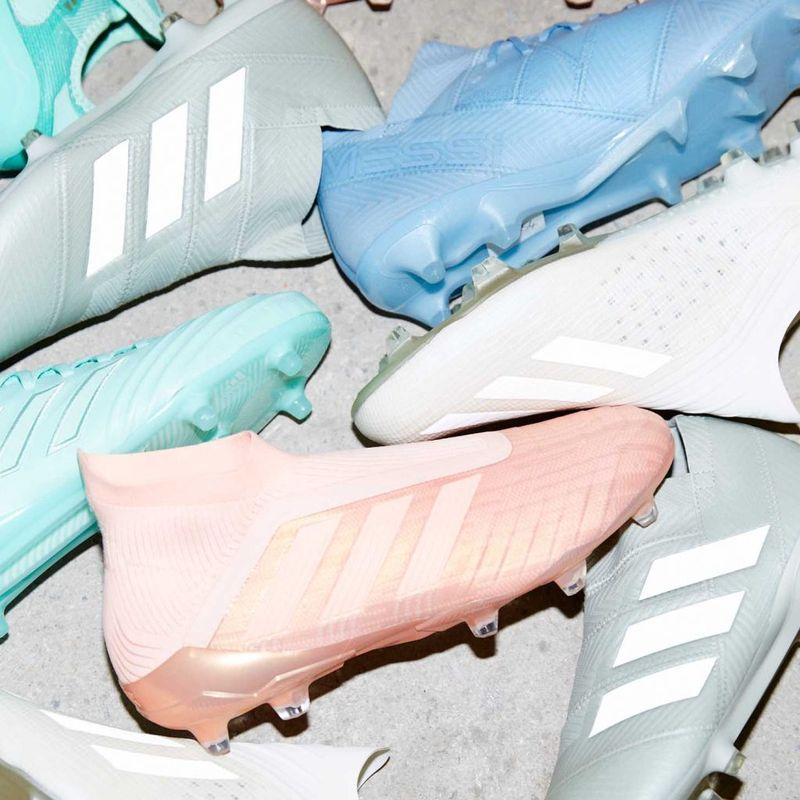 adidas Football 'Spectral Mode' Pack con le Predator rosa