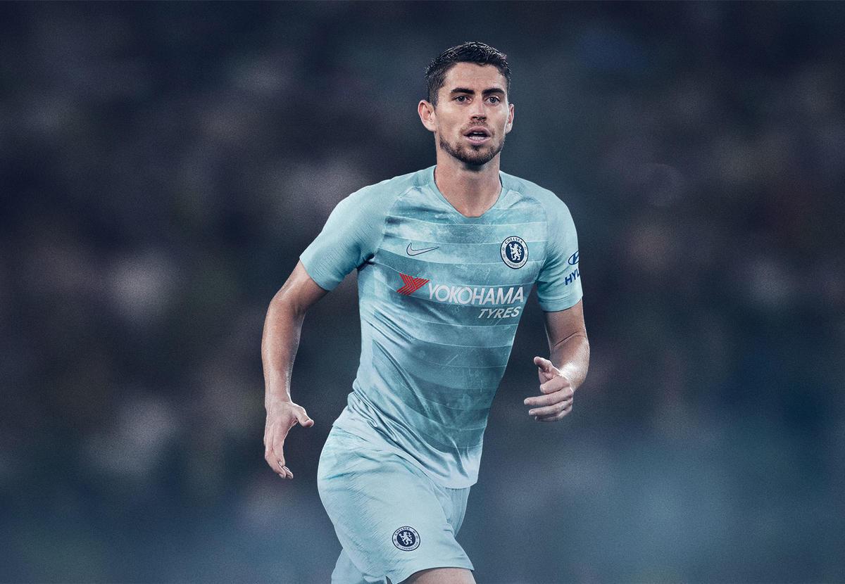 ChelseaFC_ThirdKit_2018-19_SUFA18_FB_CKC_Chelsea_Third_Jorginho_HFR5_81609