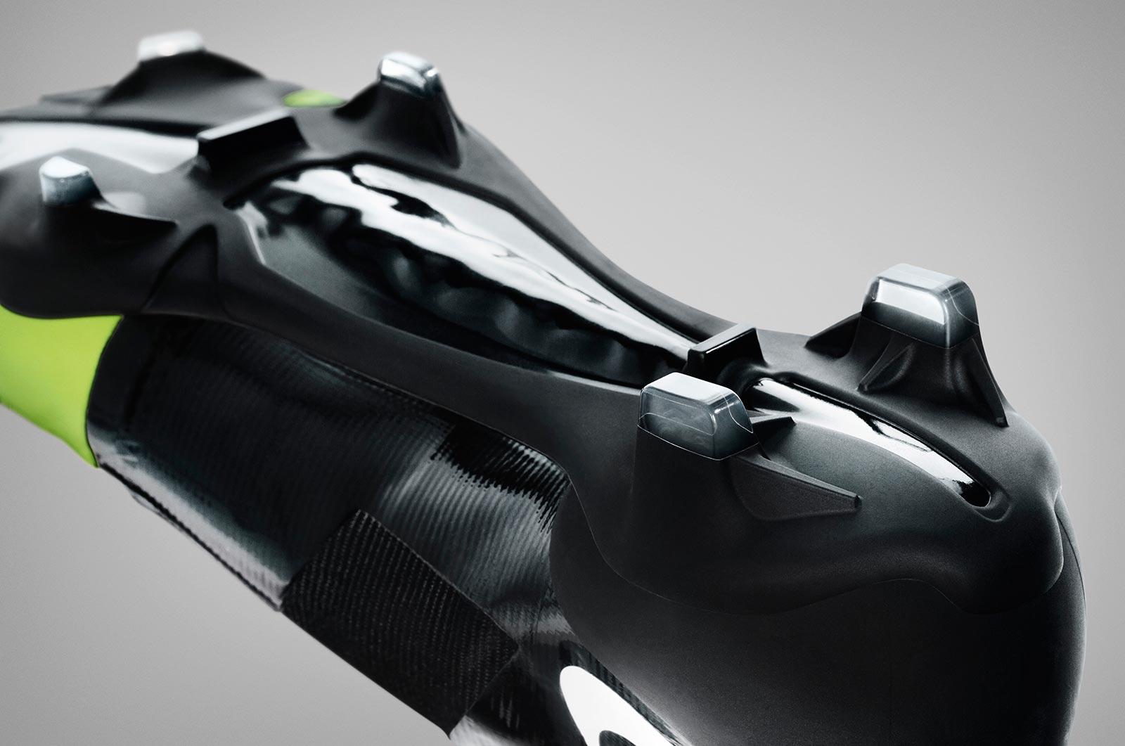 remake-boots-leaked-nike-gs-2012-football-boots-closer-look (8)