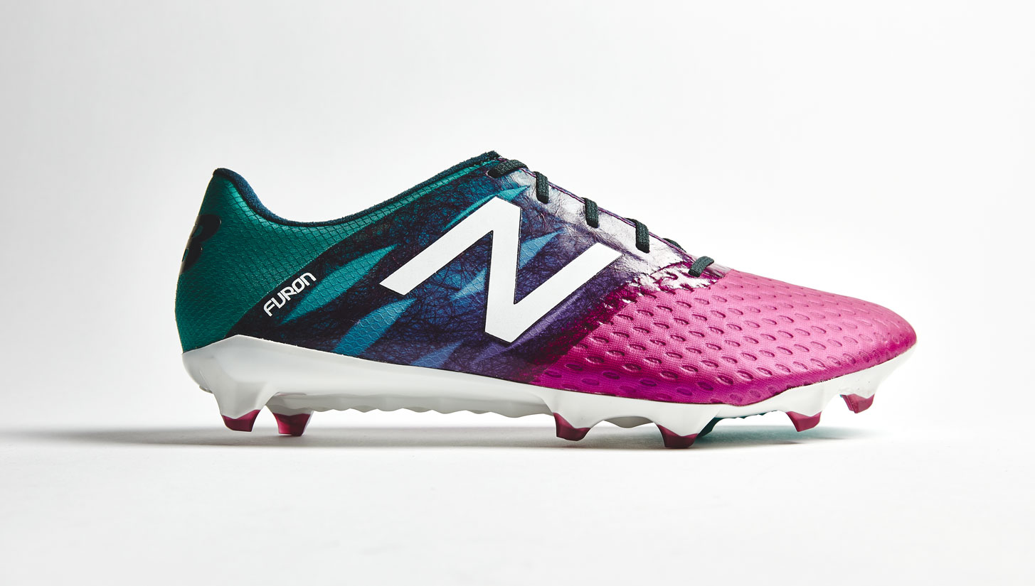 scarpini new balance calcio