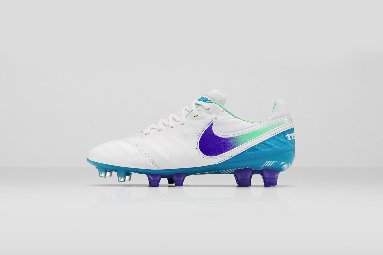 Nike_SU16_wmns_TiempoLegendVIFG_154_LAT_copy_53920