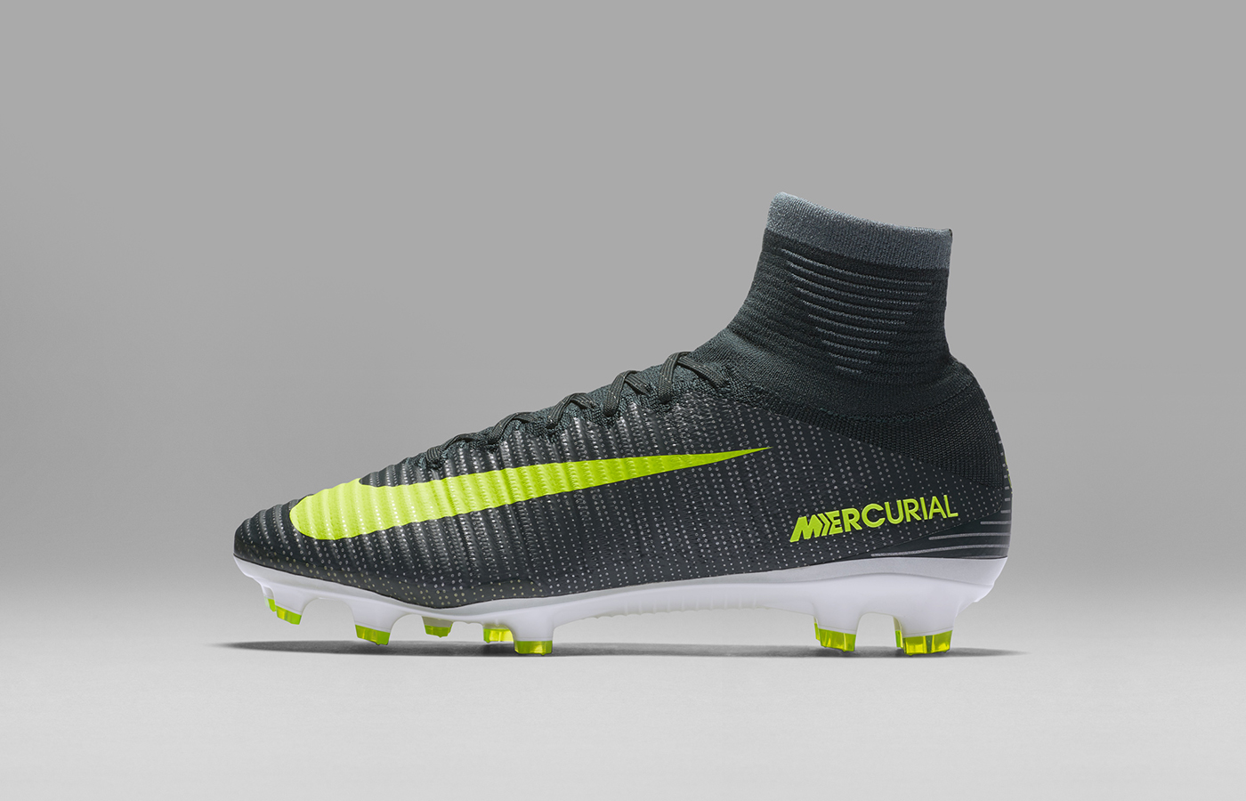 ho16_gfb_cr7_chapter_3_mercurial_superfly_fg_01_07_62871
