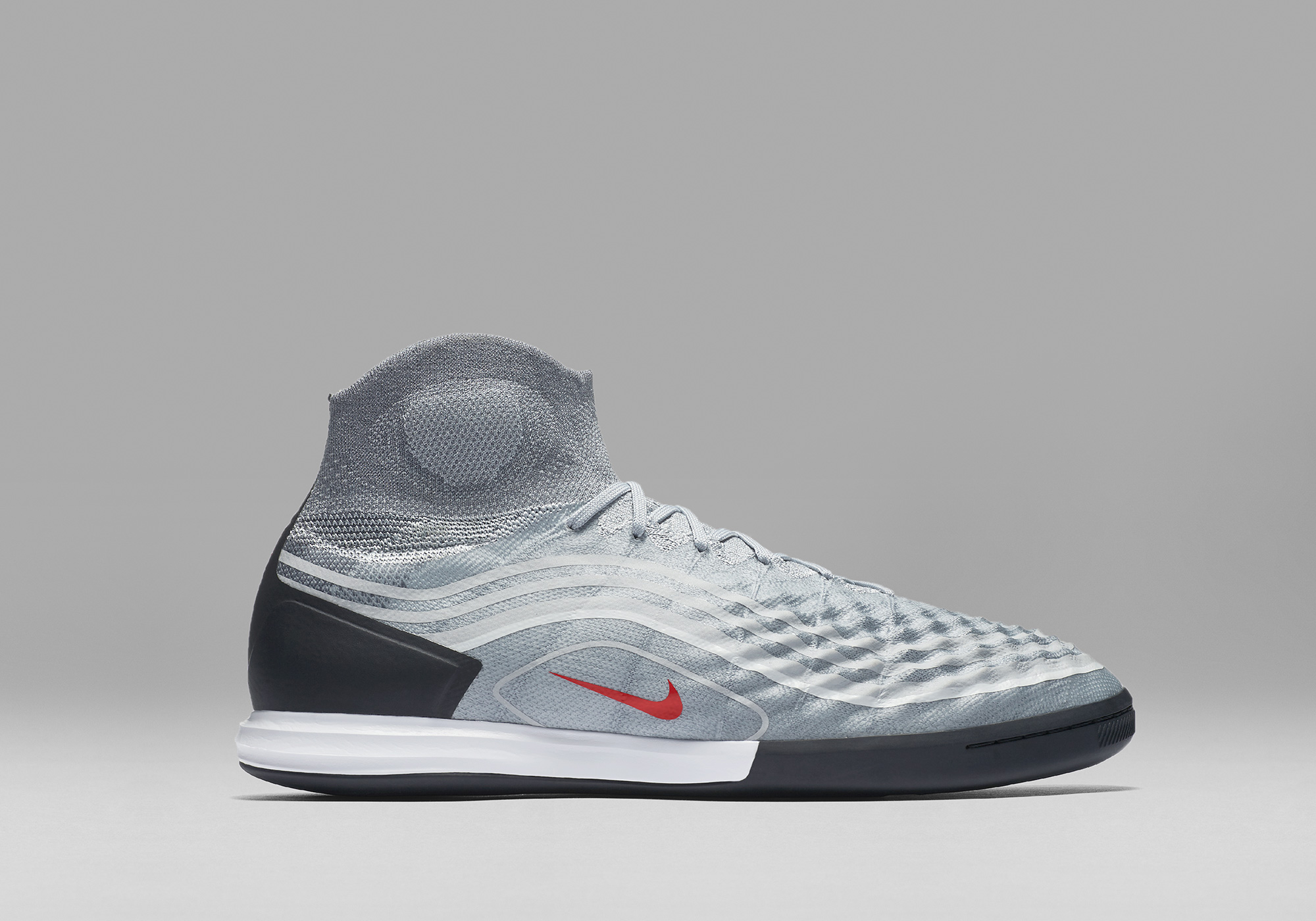 SP17_GFB_Magista_Heritage_Pack_NFX_843957-060_MagistaX_Proximo_II_IC_1_8_66867