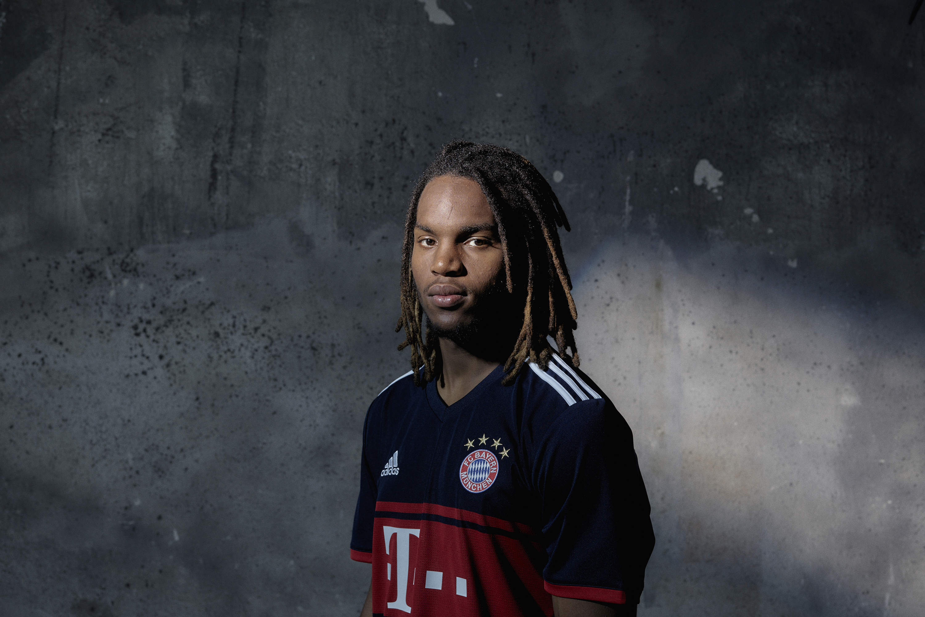 FC Bayern_Away_Sanches