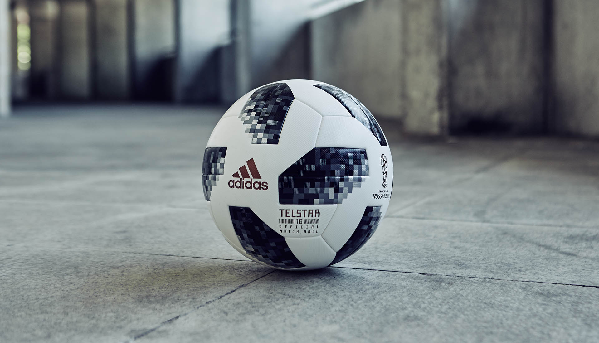 world-cup-match-ball-adidas-soccerbible_0001__fg_1988