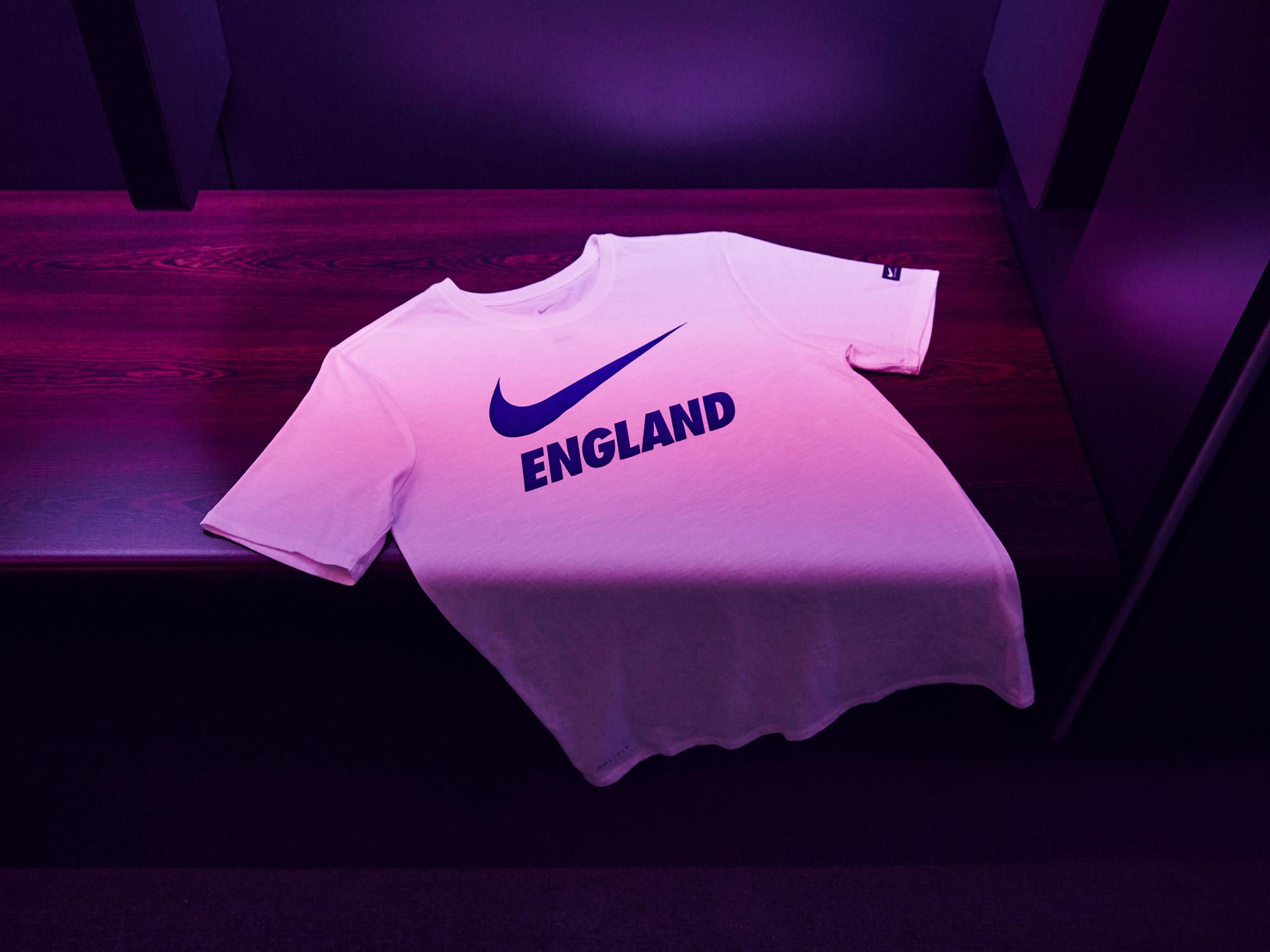 Nike-News-Football-Soccer-England-National-Team-Kit-14_77385