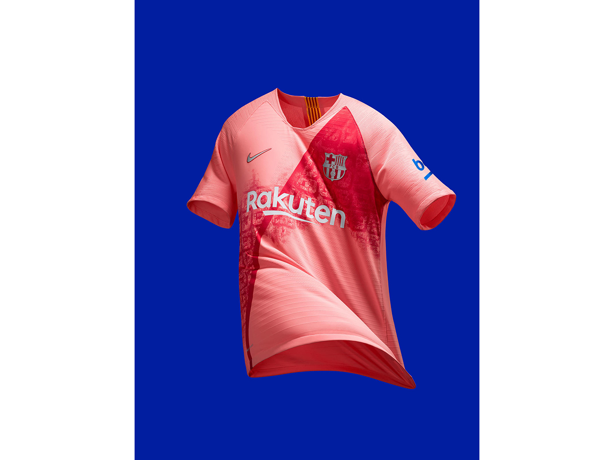FCB_2018-19_ThirdKit_SUFA18_FB_CKC_FCB_3RD_PRODUCT_HERO_R_81888