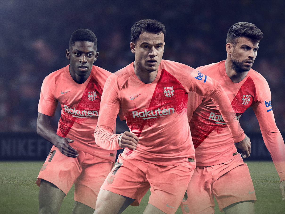FCB_2018-19_ThirdKit_SUFA18_FB_CKC_FCB_3rd_Group_HFR11_81886
