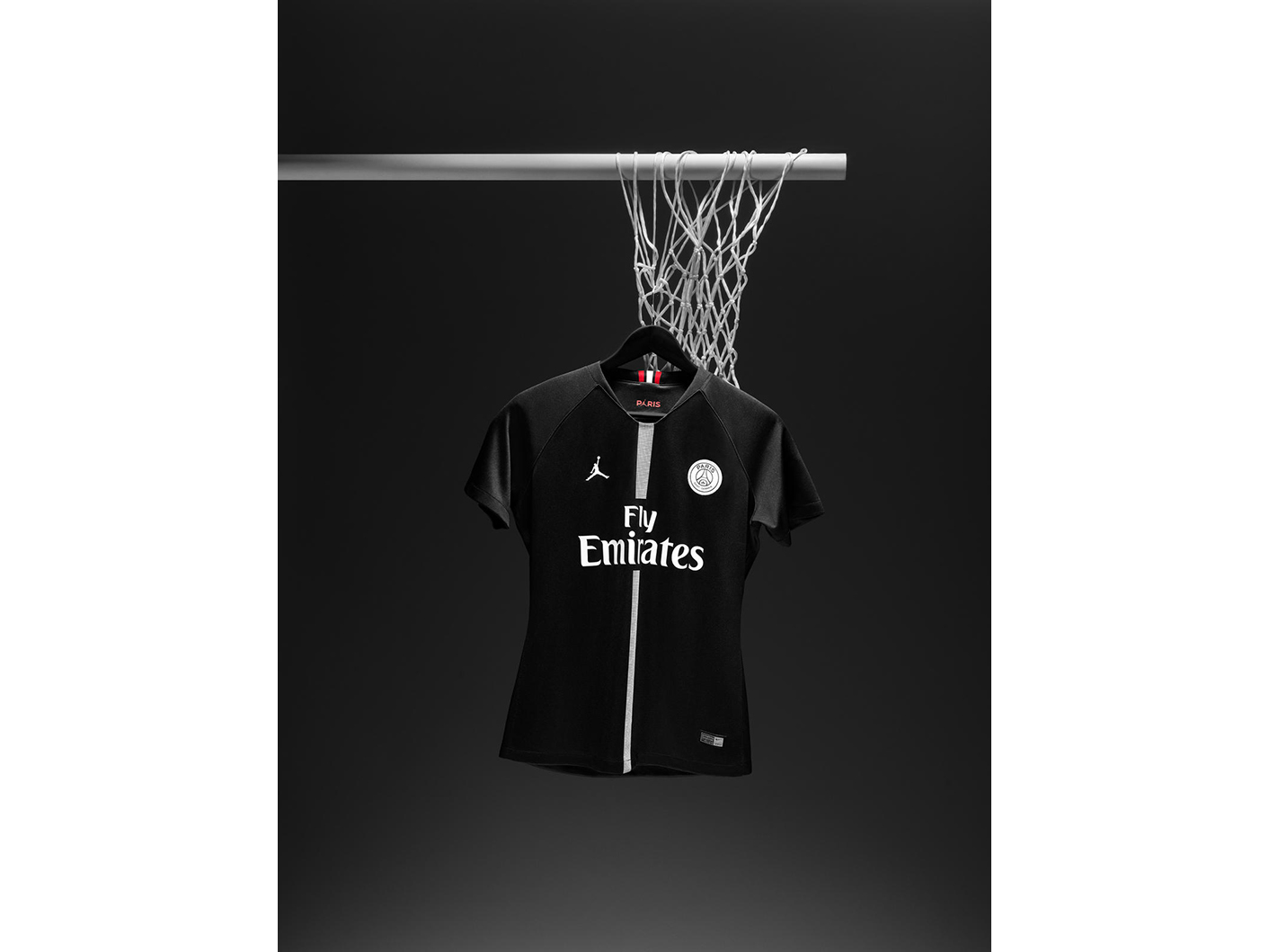 Jordan_Brand__Paris_Saint-Germain_as_its_First-Ever_Football_Club_Soccer_25_81734