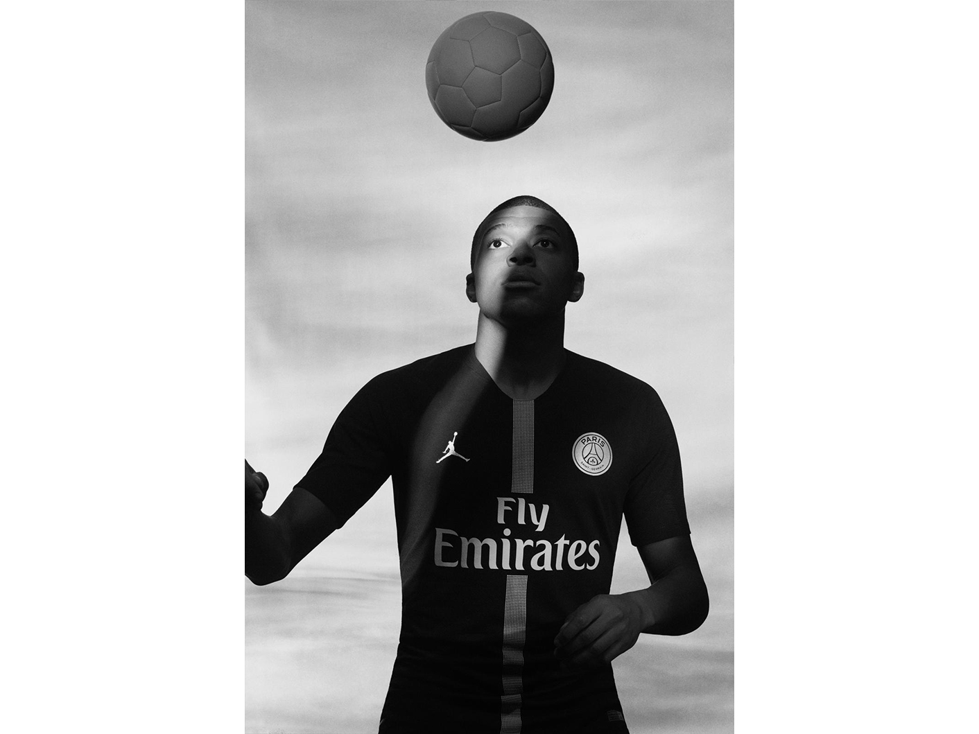 Jordan_Brand__Paris_Saint-Germain_as_its_First-Ever_Football_Club_Soccer_40_81762