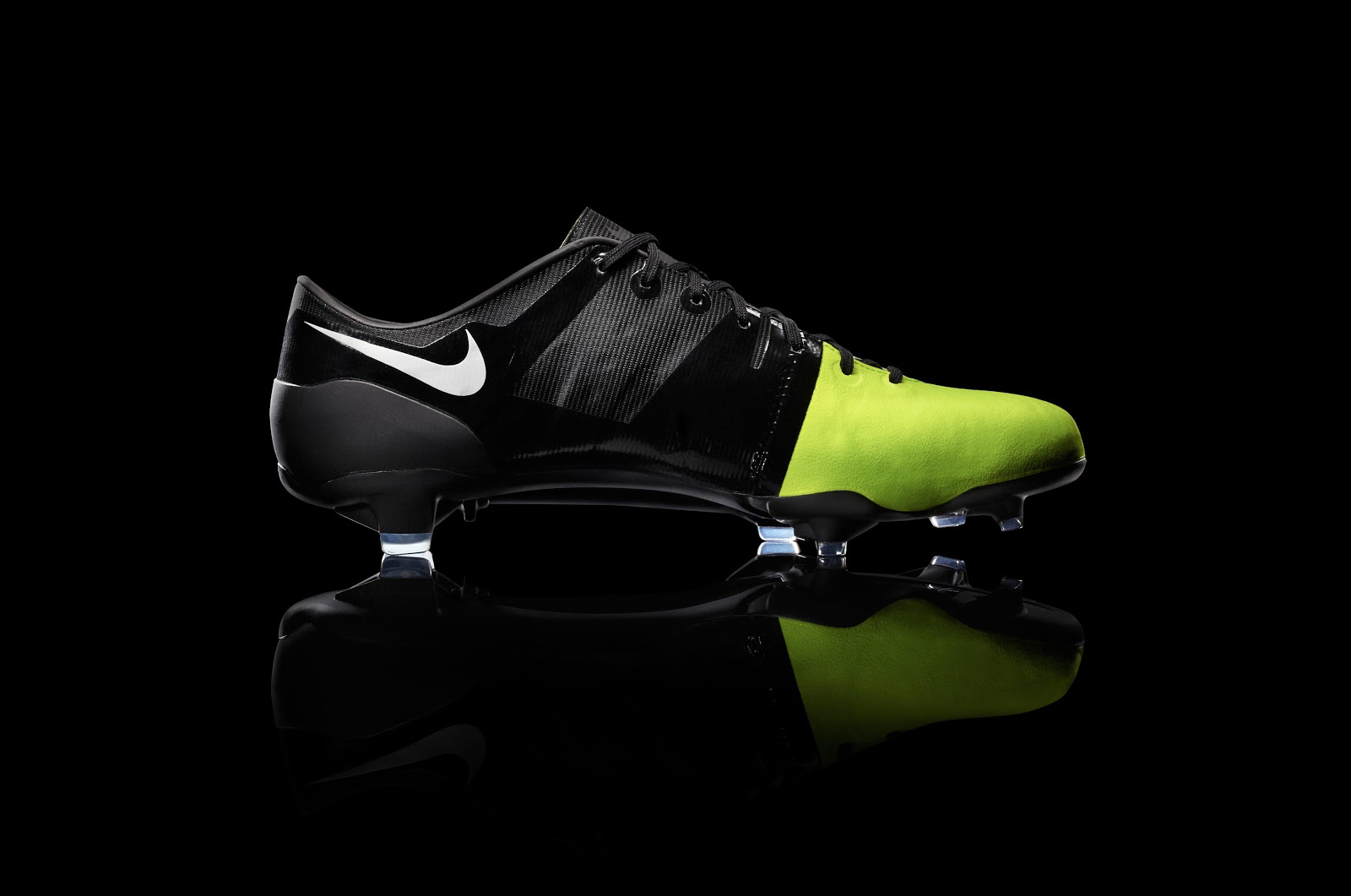 remake-boots-leaked-nike-gs-2012-football-boots-closer-look (5)