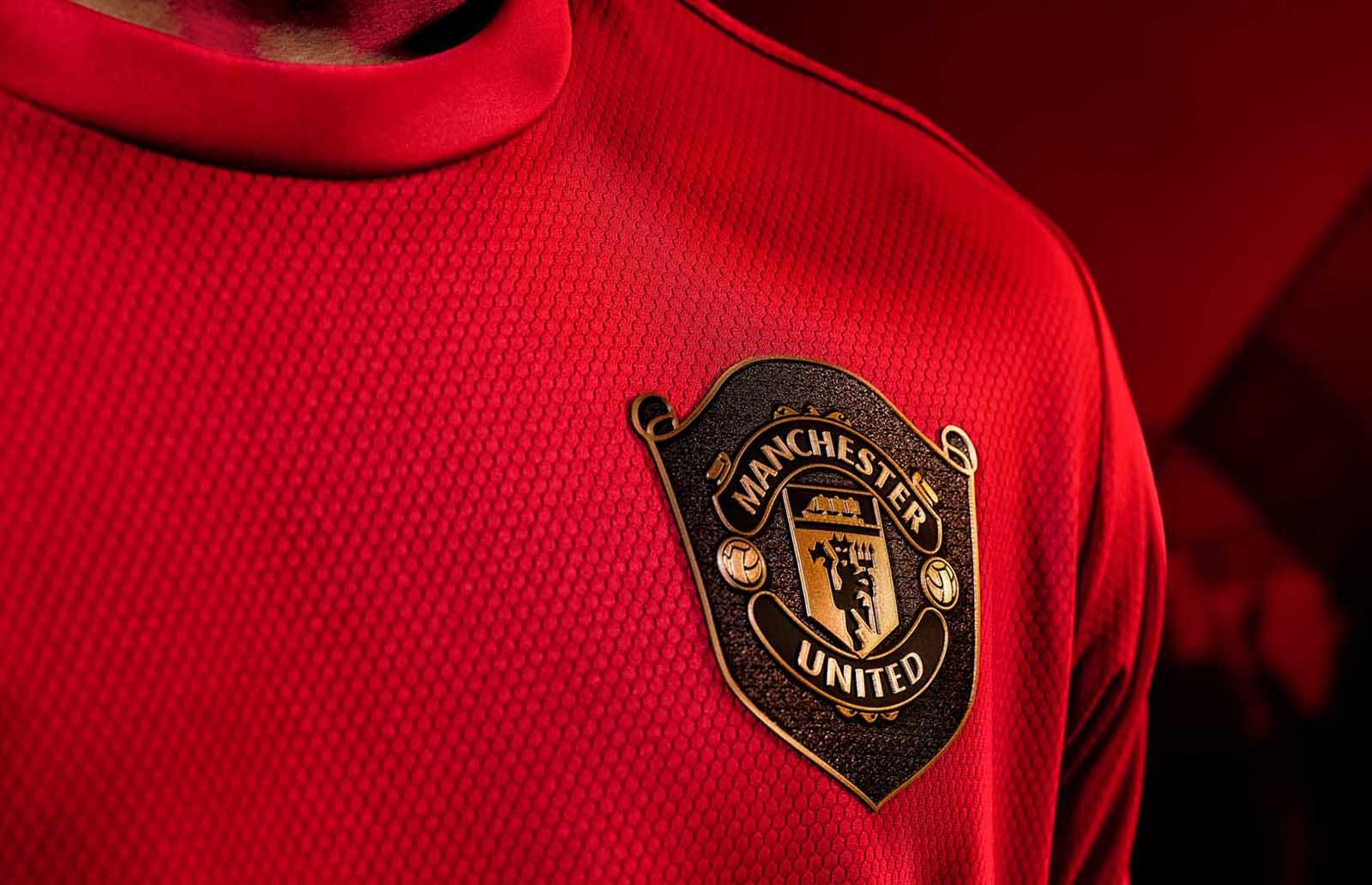 10-mufc-home-19-20-shirt