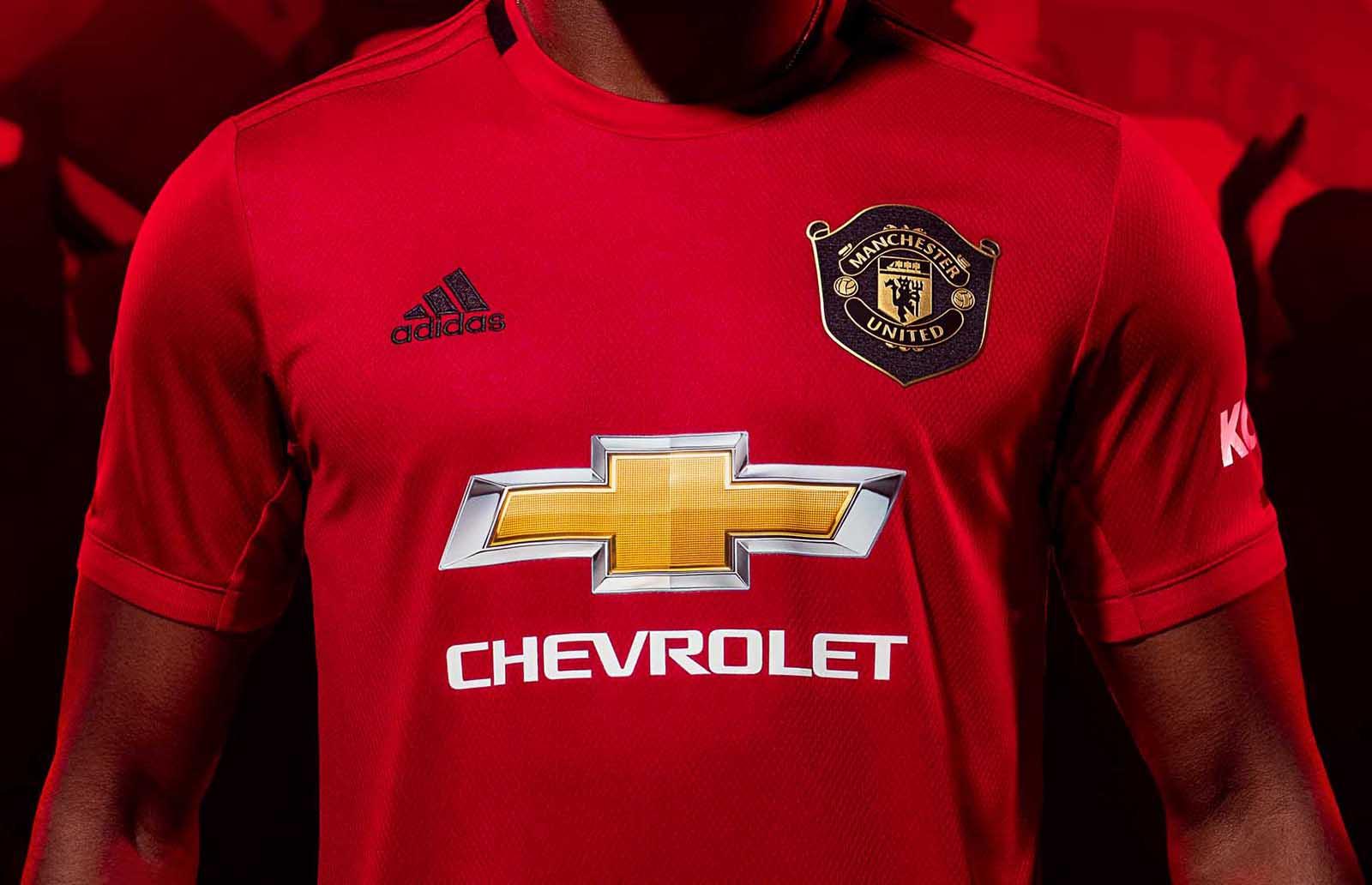 adidas presenta la maglia 201920 del Manchester United Marte
