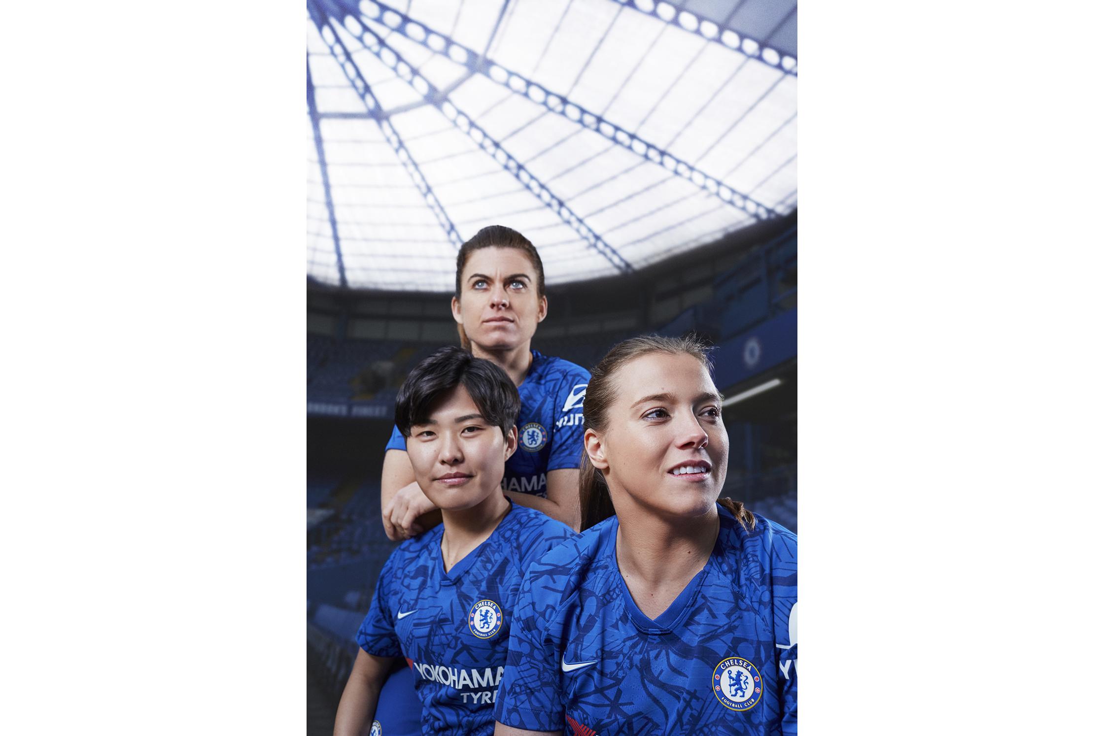 Nike_ChelseaFC_HomeKit_2019-20_2_87526