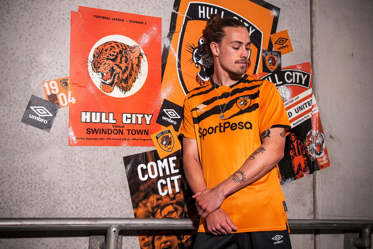 00-amazing-hull-city-19-20-home-kit (13)