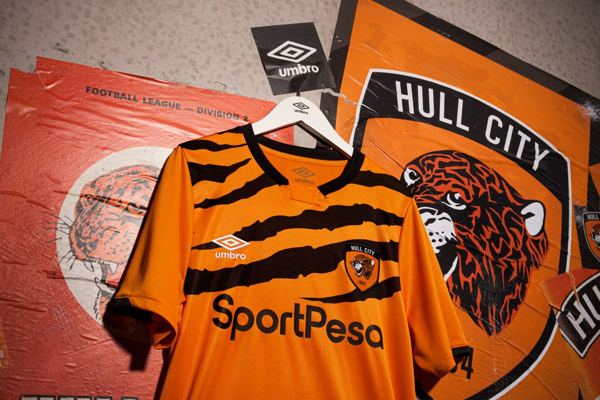 00-amazing-hull-city-19-20-home-kit (8)