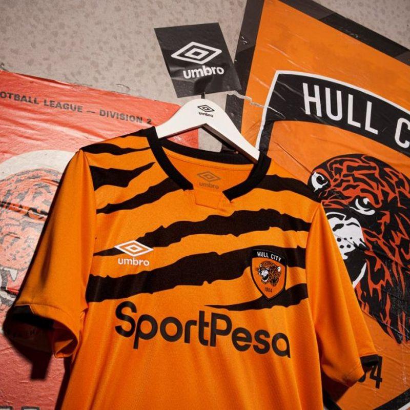 La maglia tigrata dell'Hull City