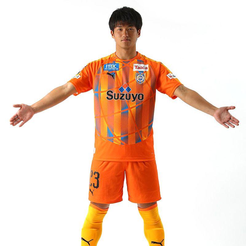 Nuova maglia mappamondo dello Shimizu S-Pulse