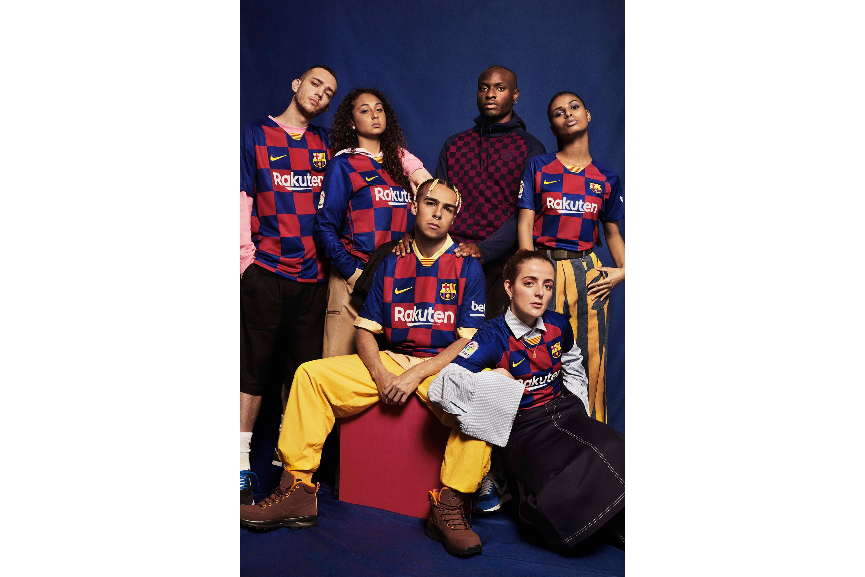 NikeNews_SUFA19_FB_CKC_FCB_HOME_ADB_GROUP_01_88405